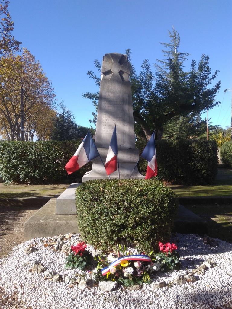 monument-aux-morts-11-11-16-brignac